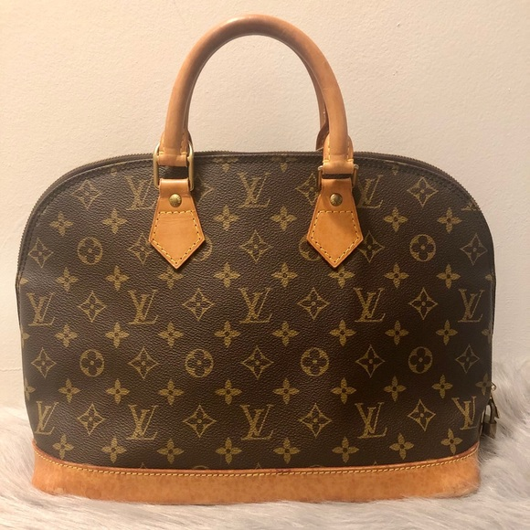 SOLD!! Authentic LV Alma Monogram